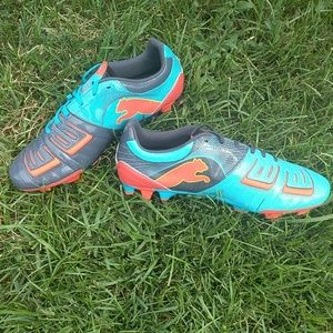 Puma Power at gravity cleats